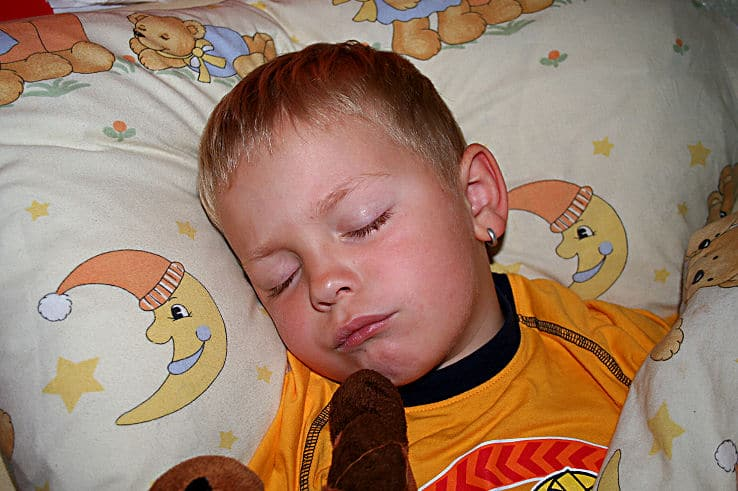 Kinderzimmer aufräumen und gut schlafen