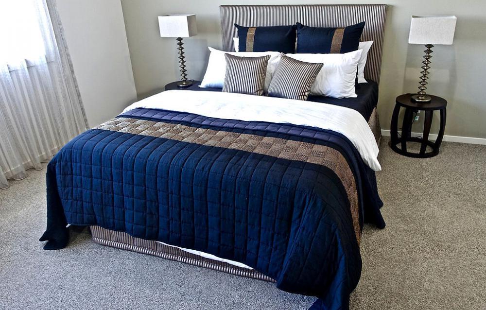 Gemütliches Schlafzimmer in Blau