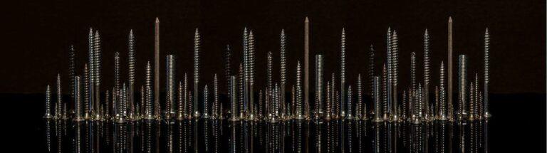 Verschiedene Schrauben für jedes - hier als Skyline
