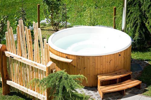 Hot Tubs sind bei uns noch nicht so verbreitet, aber in Skandinavien haben sie eine lange Tradition.